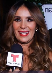 Catherine Siachoque as Hilda Santana